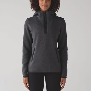 Size 10 lululemon Fleecing Cold pullover
